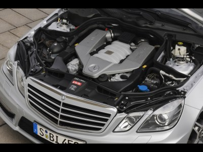 1920x1440 E 63 AMG engine desktop PC and Mac wallpaper