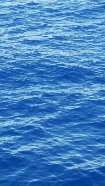 640x1136 Sea Water Surface Blue Iphone 5 wallpaper