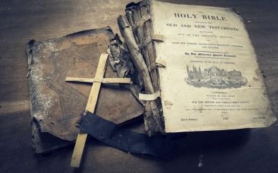 Holy Bible Wallpaper ·①