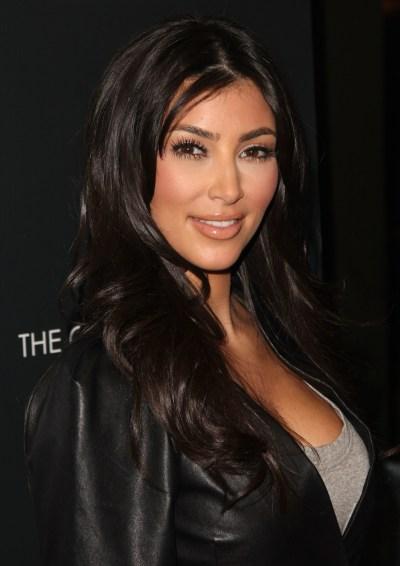 Kim Kardashian HD Wallpaper ·①