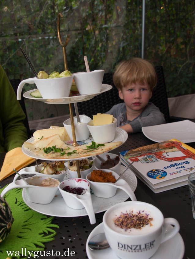 Bareso in Ottobrunn - zum Frühstück Babyccino & ein buntes Karusell {Ausprobiert} {Leider inzwischen für immer geschlossen}