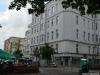 Eckhaus Derfflingerstraße / Lützowstraße; direkt im Anschluss stand das Geburtshaus von Walter Mehring