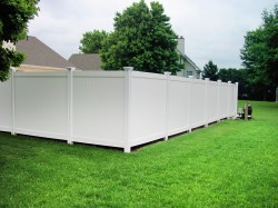 Gorgeous This Vinyl Privacy Fence Has Been Equalized Wambam Fence Blog Vinyl Fence To Install Installing Vinyl Fence On Uneven Ground Installing Vinyl Fence Youtube