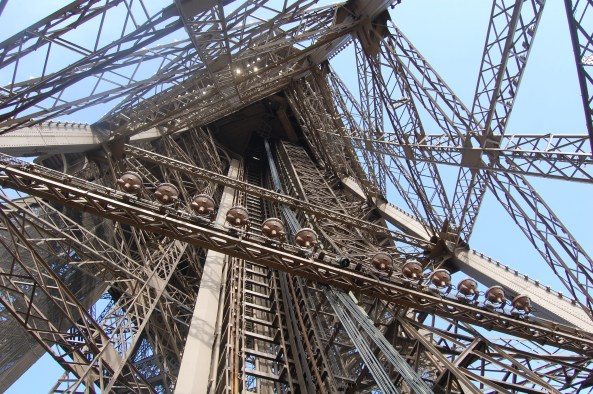 the paris eiffel tower essay The eiffel tower is the trademark for paris research paper topics, free essay prompts, sample research papers on the eiffel tower to the top.