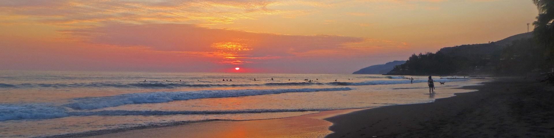 El Zonte Beach sunset, El Salvador
