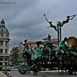 Bucharest, Romania worth visiting, sculpture