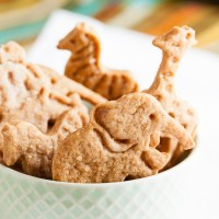 cinnamon animal crackers