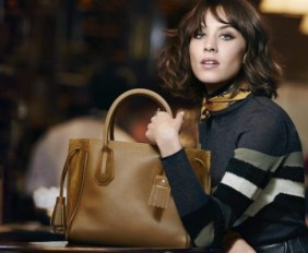 WTFSG_Alexa-Chung-2016-Fall-Winter-Longchamp