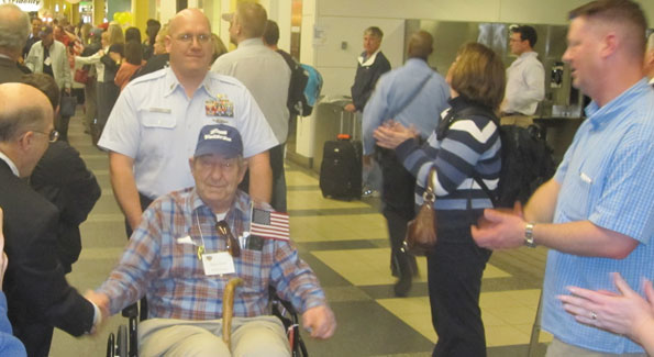 Hundreds of active duty and civilians thanked WWII veterans like Samuel Revels for his service. (Photo by Jane Hess Collins)