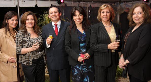 Sara Barboza, Blanca Ochoa, Fernando Quiros, Eliana Moscoso, Olga Macdonald, Carmen Davies