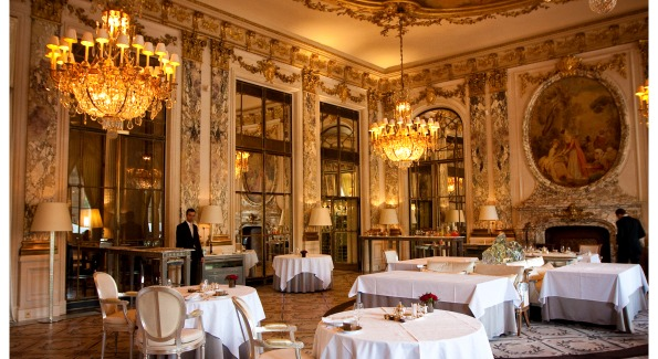 Breathtaking decor at Le Meurice Hôtel.