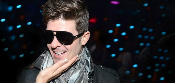 Robin Thicke is adorned by lady fans at Josephine. Photo credit: Gearshift.TV