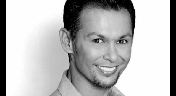 """Eyebrow guru"" Erwin Gomez"