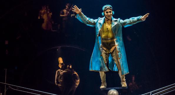 Photo: Martin Girard / shootstudio.ca Costumes: Philippe Guillotel  © 2014 Cirque du Soleil