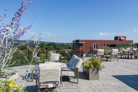 Water-Club-Poughkeepsie-Rooftop-patio-2