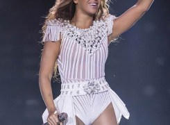 0515-beyonce-ap-article-2