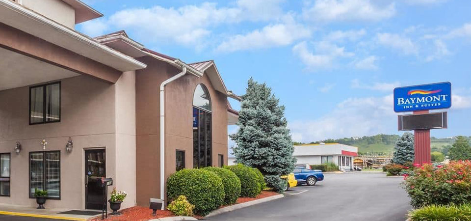Baymont inn and Suites in Pigeon Entrance 960
