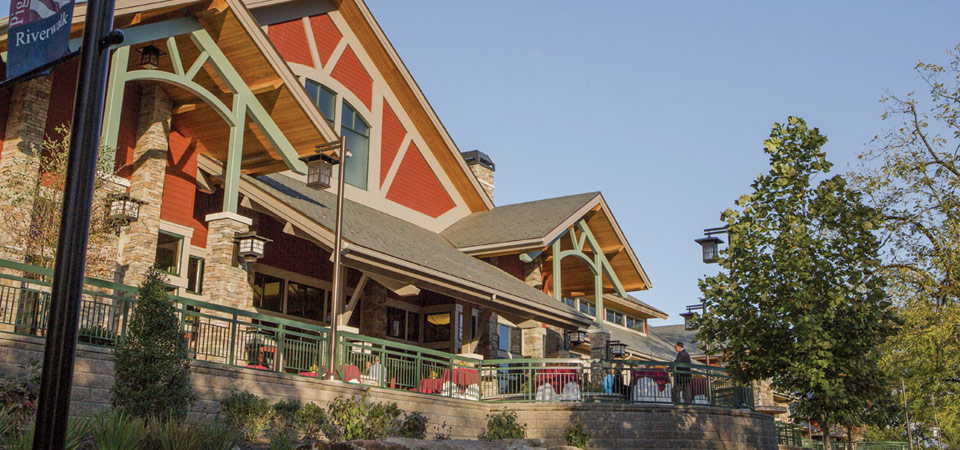 View of the LeConte Center in Pigeon Forge from the front 960