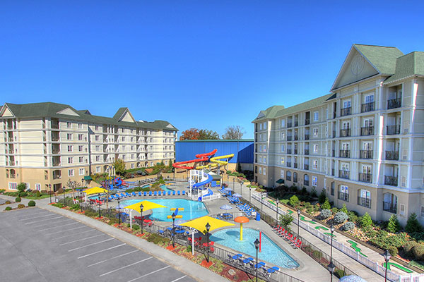 View of the Outdoor Pool fun at the Resort at Governors Crossing in Sevierville tn