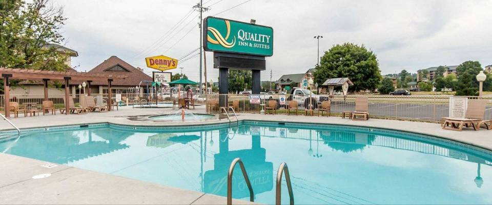 View of the Outdoor Hotel Pool at the Quality Inn and Suites at Dollywood Lane in Pigeon Forge 960