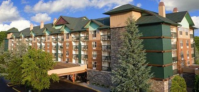 Front entrance to Spirit of the Smokies Lodge in Pigeon Forge wide