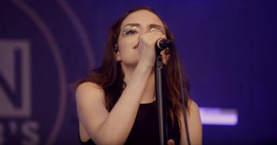 CHVRCHES LIVE!!! at the SXSW of 2016