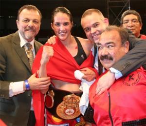 "Kina ""Dinamita"" Malpartida retiene su título mundial"
