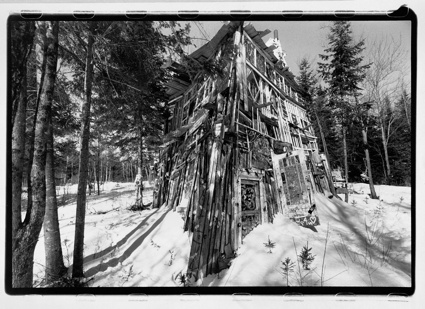 0RICHARD GREAVES_The House with Windows_2005.jpg