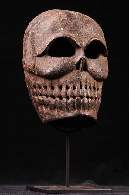 0Tibetan-carved-wooden-mask-19th-century.jpg