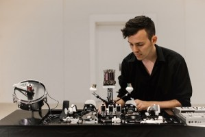 Interview with Moritz Simon Geist / Sonic Robots