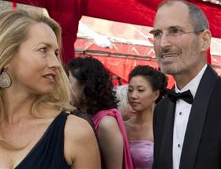 il était assez rare de voir Steve Jobs en costume sur la fin de sa vie