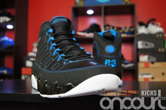 Air-Jordan-IX-(9)-Retro-Black-White-Photo-Blue-Detailed-Images-2