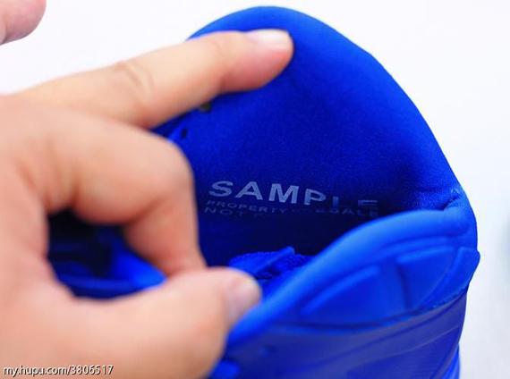 Nike-Zoom-Soldier-7-(VII)-Game-Royal-Blue-Glow-3