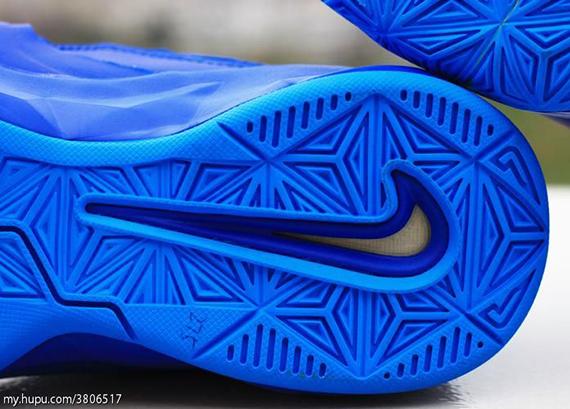 Nike-Zoom-Soldier-7-(VII)-Game-Royal-Blue-Glow-8