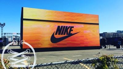 Nike SNKRS Golden Air Box