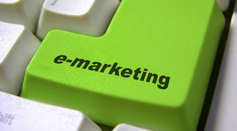 E-Marketing_Button_856577