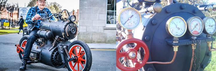サイエンスフィクションファンタジーから出てきたようなカスタムの蒸気機関のパワーで動くオートバイ