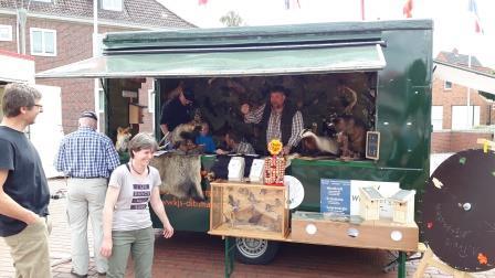 Mit dem Natur-Mobil auf dem Flohmarkt