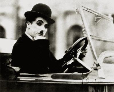 Google homenajea a Charles Chaplin con un Doodle en Video