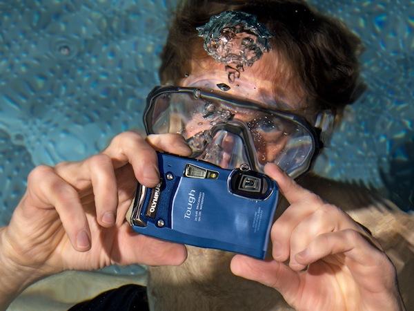 Olympus presenta su nueva cámara compacta Tough TG 820 iHS