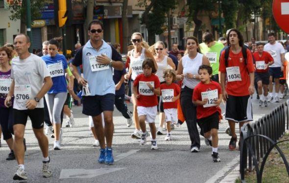 deporte familia 590x374 Los Juegos Olímpicos inspiran al 75% de los latinos a practicar deportes