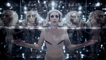 Lady Gaga viajará al espacio para cantar en el 2015