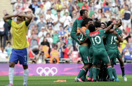 México vs Brasil Sub-22, Amistoso 2015