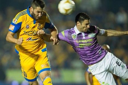 A qué hora juega Jaguares vs Tigres en la Liguilla del Apertura 2015 y en qué canal