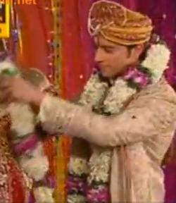 Ratan Rajpoot of Patna Engaged to Abhinav Sharma of Delhi in Swayamvar