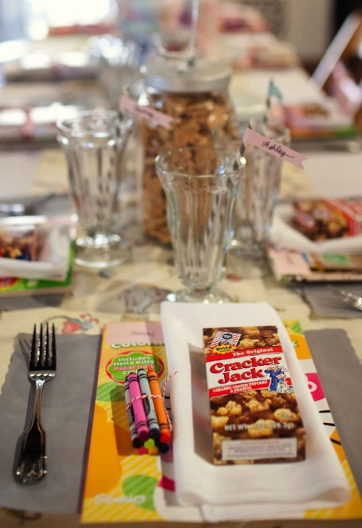 Cute Table Arrangements for kids table at wedding