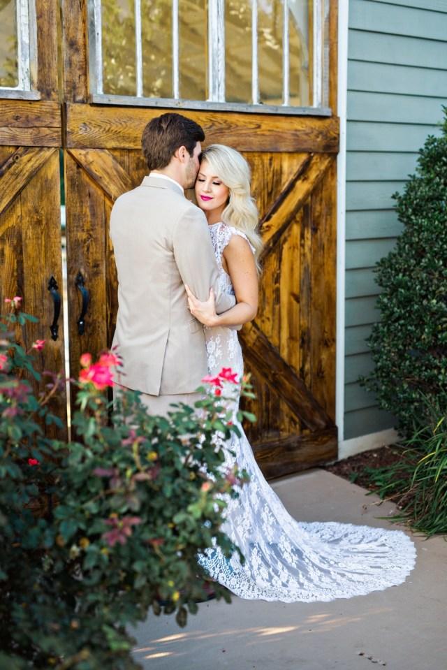 Southern Wedding at Front Porch Farms Nashville TennesseeSouthern Wedding at Front Porch Farms Nashville Tennessee