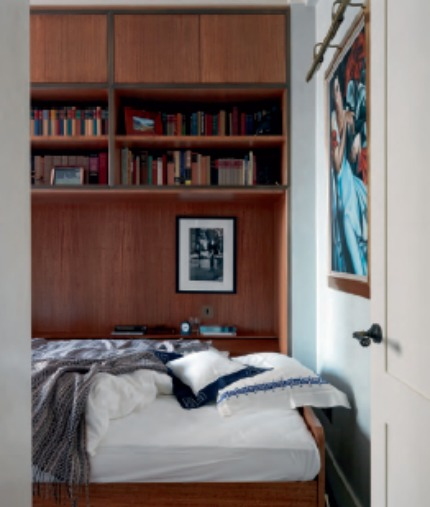 Nina Campbell Interiors A London Pied-à-Terre Folding Bed