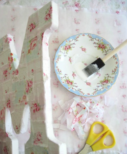 Love Letter Tutorial by Elyse Major Adding Fabric to Sides via weddings.craftgossip.com