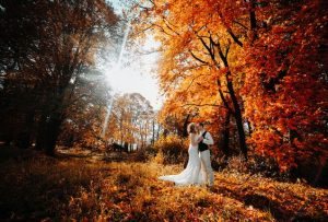34 Gorgeous Photos That Will Make You Want a Fall Wedding